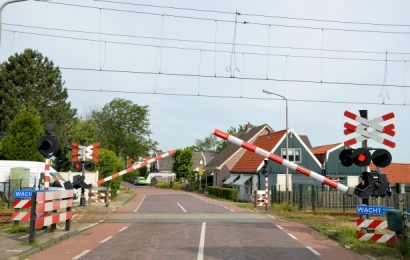 UZAVÍRKA – oprava železničního přejezdu